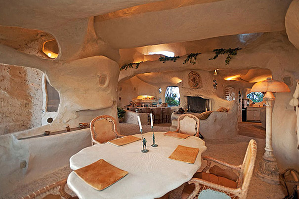 Dick Clark's Flintstones Inspired Home (3)