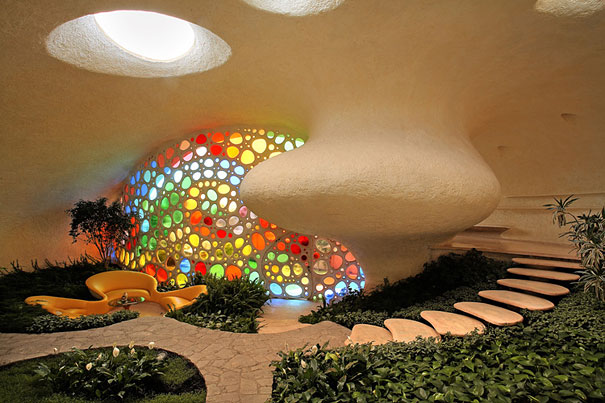 Giant Seashell House (2)