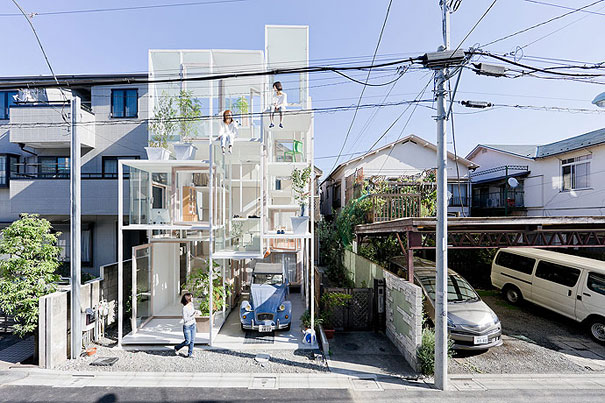 Transparent House (1)
