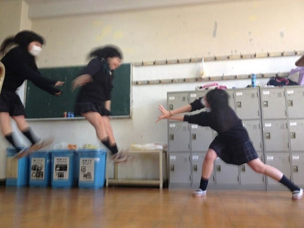 makankosappo-japanese-schoolgirls-dbz-energy-attacks-4