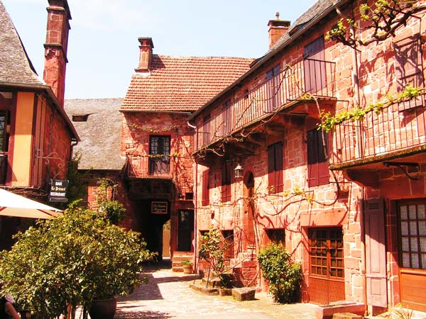5. Collonges-la-Rouge