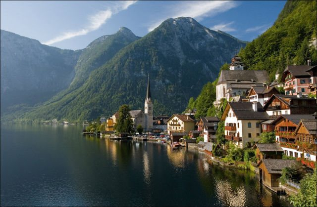 Hallstatt-Austrias-Most-Beautiful-Lake-Town