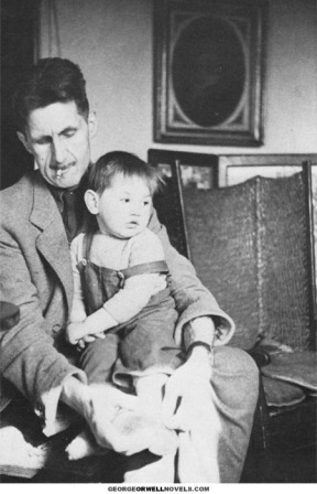 orwell-holding-son-1945